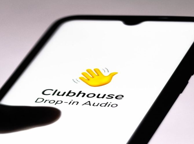 Clubhouse application review