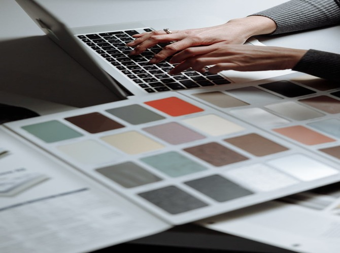 Tips to choose colors for your brand